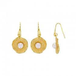 Boucles d'oreilles coquillages rondes en argent 925/1000 doré orné d'une perle synthétique